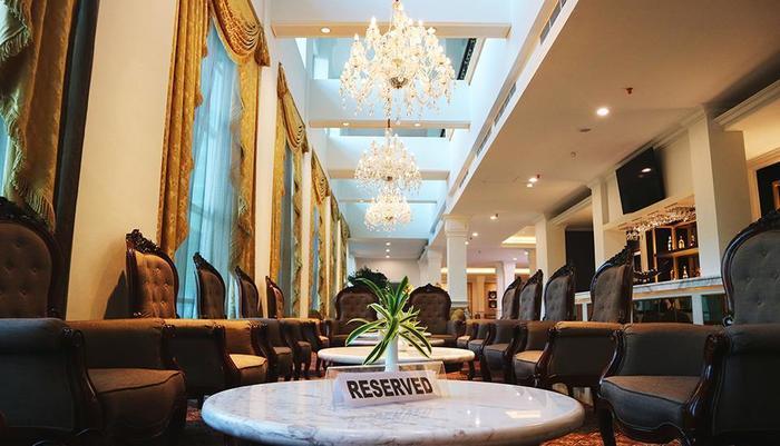 Grand Mahkota Hotel Pontianak - Lounge