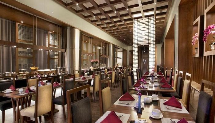 Grand Zuri BSD City - Restoran Cerenti