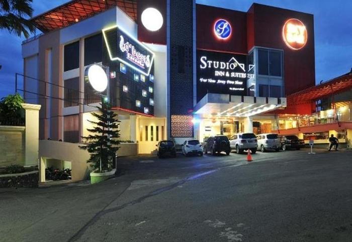 StudioInn & Suites Semarang - Eksterior