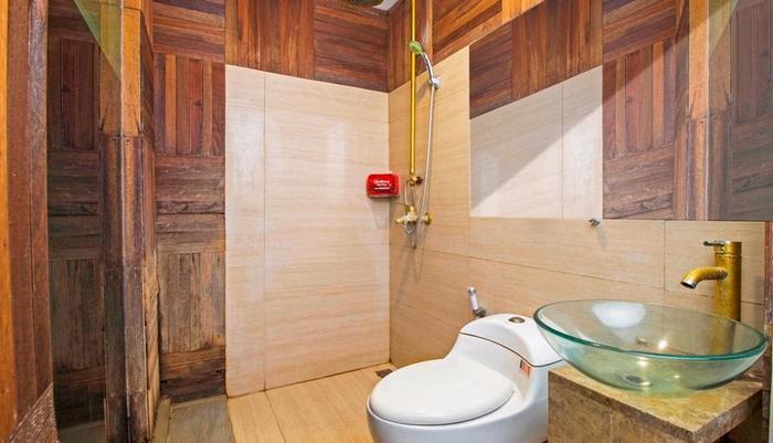 RedDoorz @Mangga Besar 4 Jakarta - Kamar mandi