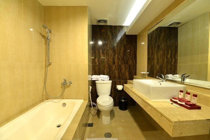 The Naripan Hotel Bandung - Kamar mandi junior junior