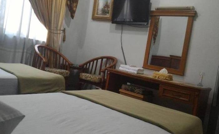Hotel Sumatera Medan - Kamar tamu