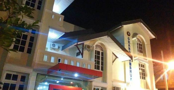 Grand Lambhuk Hotel Banda Aceh - Tampak Depan
