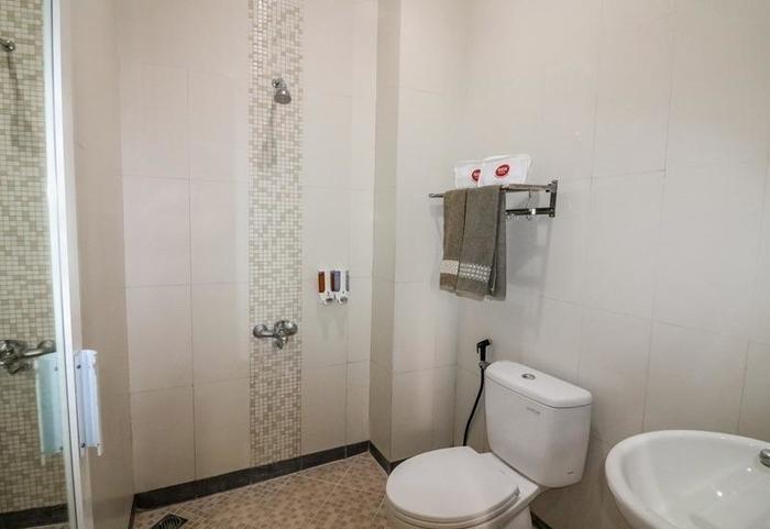 NIDA Rooms Sutomo 2 Pakualaman - Kamar mandi