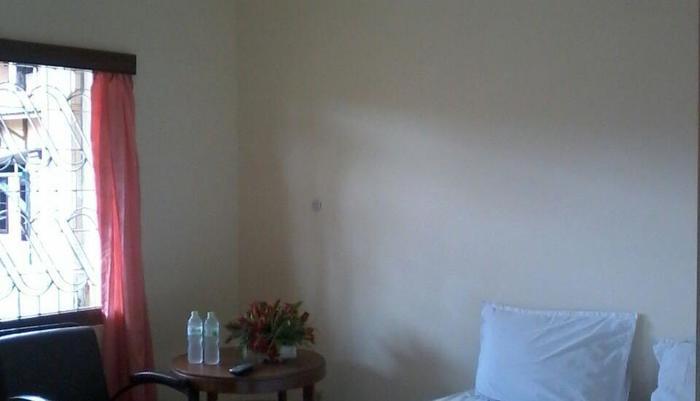 Hotel Keprabon Solo - Kamar tamu