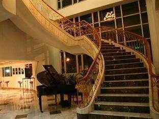 Twin Plaza Hotel Jakarta - Interior Hotel