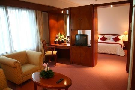 Twin Plaza Hotel Jakarta - Studio Suite