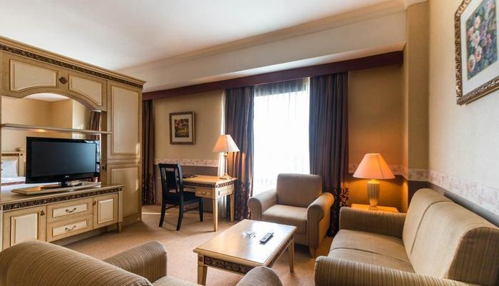 Twin Plaza Hotel Jakarta - Grand Studio Suite