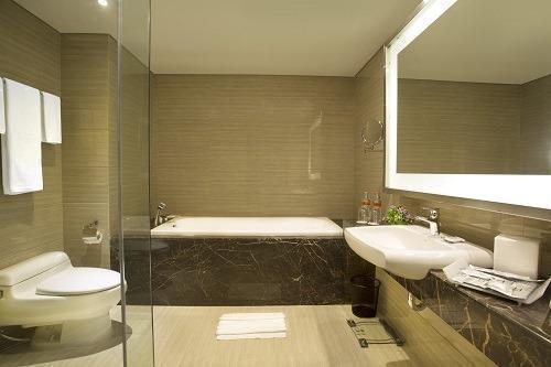 Grand Tjokro Bandung - Premiere Bathroom