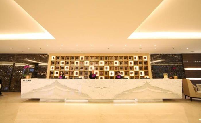 Grand Tjokro Bandung - Receptionist