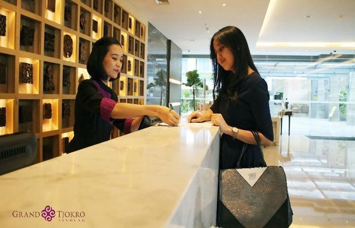 Grand Tjokro Bandung - Front Office