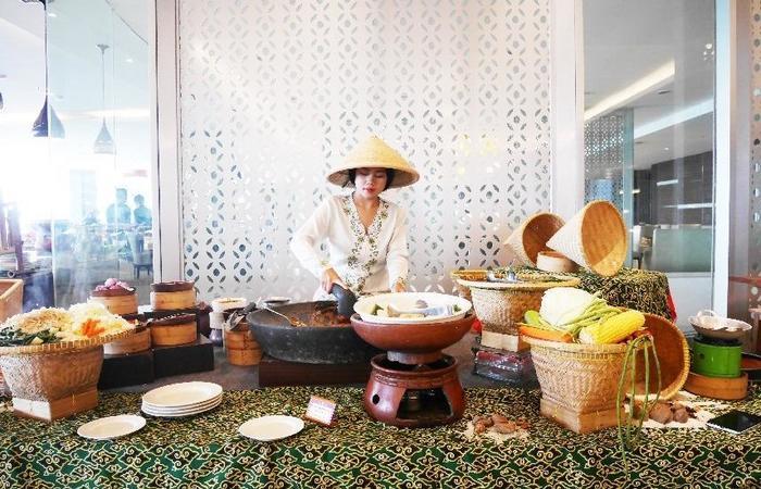 Grand Tjokro Bandung - Traditional Food