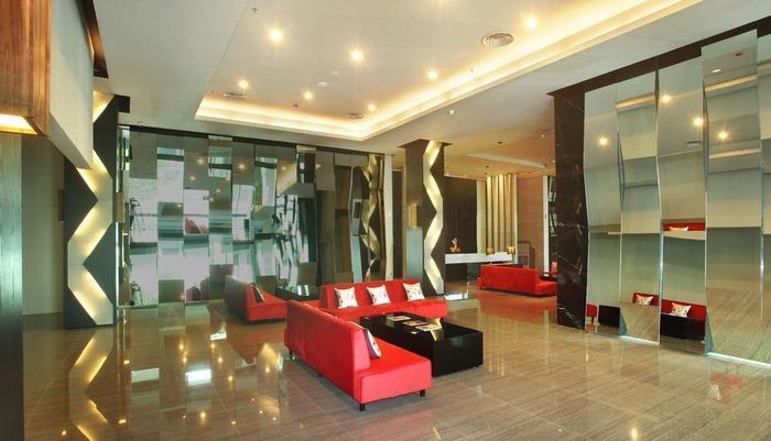 Cabin Hotel Jakarta - Hotel Lobby