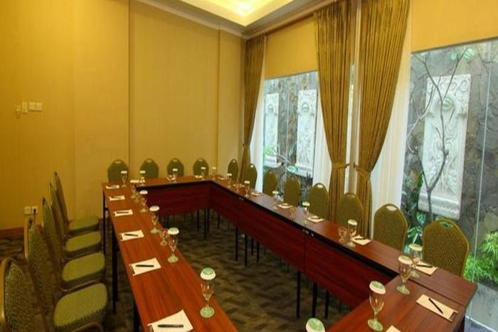 Aziza Syariah Hotel Solo By Horison Solo - Ruang Rapat