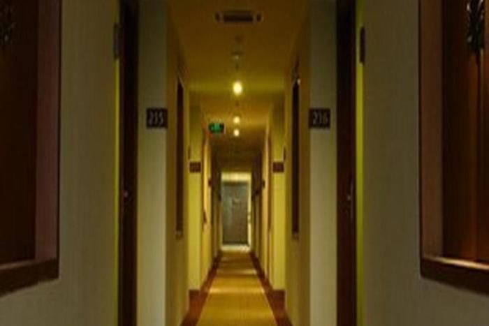 Aziza Syariah Hotel Solo By Horison Solo - Koridor