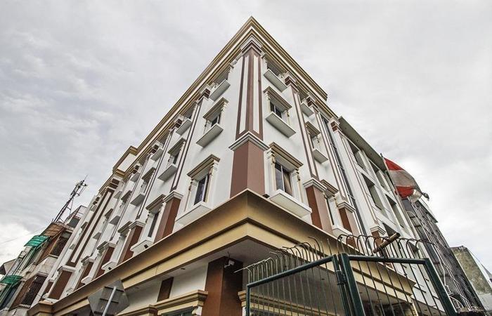 Flamenco Hotel RedDoorz Cideng Barat - Exterior