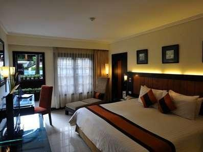 Prime Plaza Hotel Yogyakarta - Executive Deluxe Pool Access