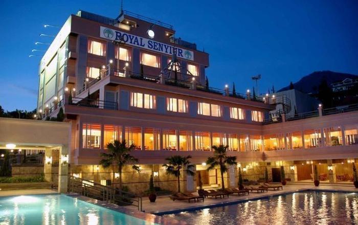 Royal Senyiur Hotel Pasuruan - pemandangan