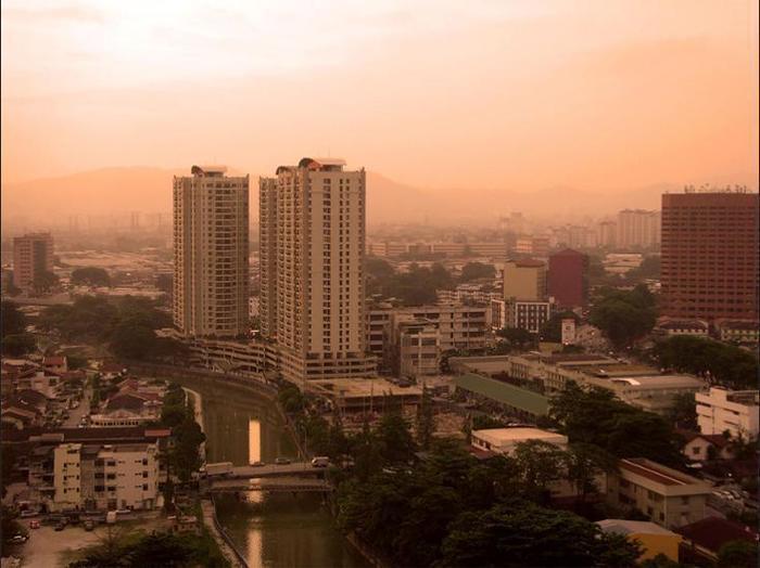 Dengan Bermalam Di Duta Hotel And Residence Kuala Lumpur Anda Tidak Jauh Dari Performing Arts Centre Dan Gedung Parlemen Malaysia