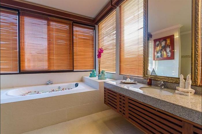 Villa Sky House Bali - Bathroom