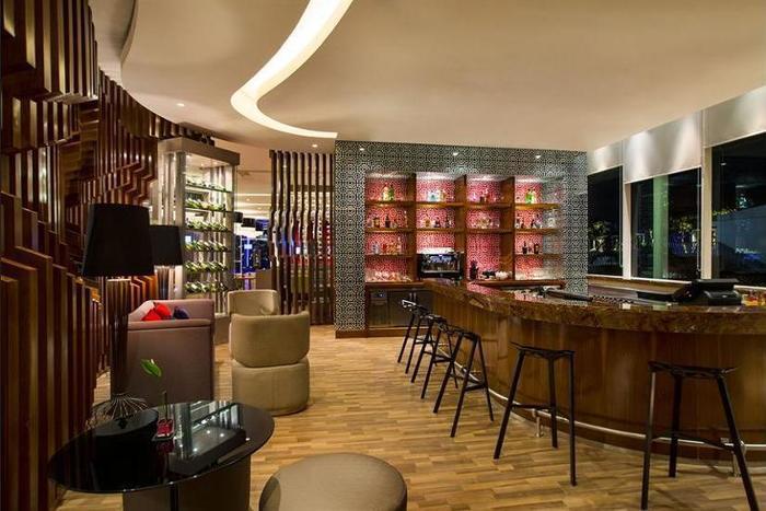 Novotel Tangerang - Hotel Bar