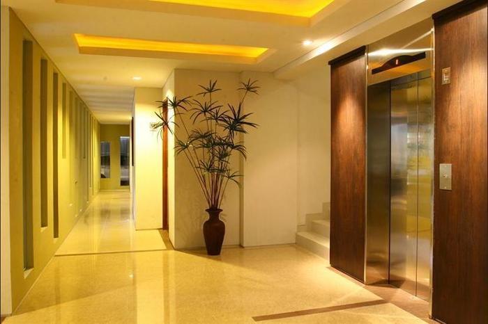 Rasuna Mansion Jakarta - Hallway