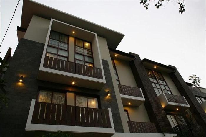 Rasuna Mansion Jakarta - Hotel Front - Evening/Night
