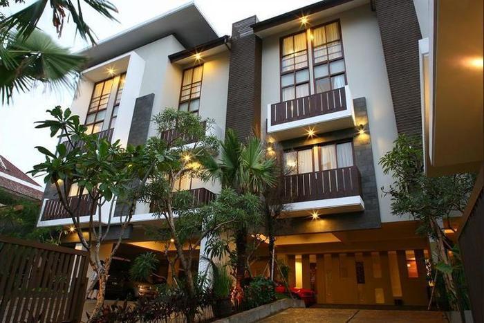 Rasuna Mansion Jakarta - Hotel Front