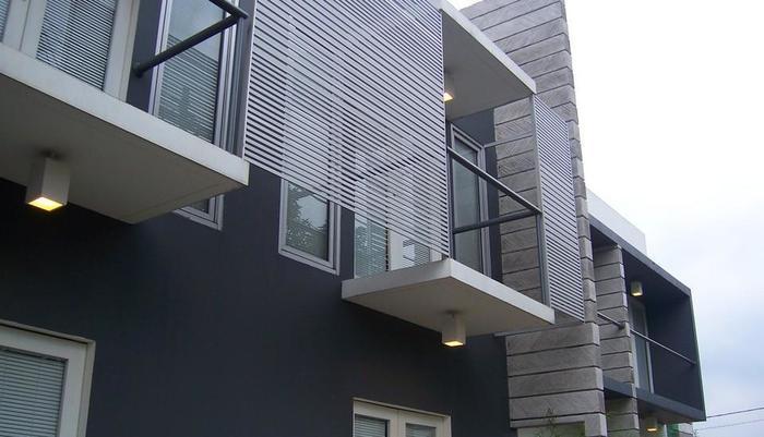 FLAT06 minimalist residence Jakarta - Pemandangan Samping