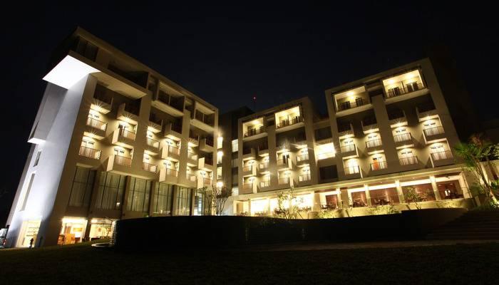 Soll Marina Hotel Bangka - Night Glow