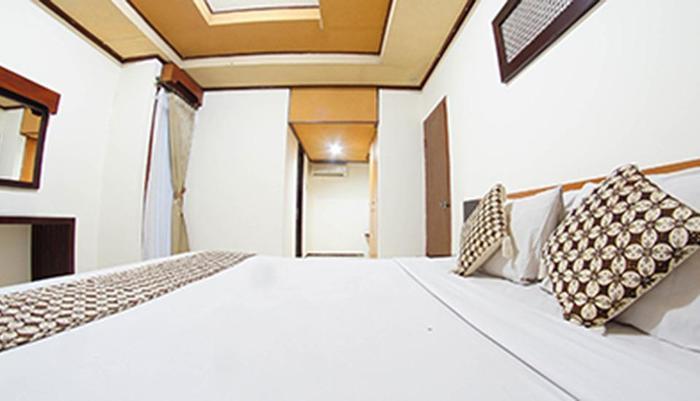 Sriwedari Hotel Yogyakarta - Suite Room
