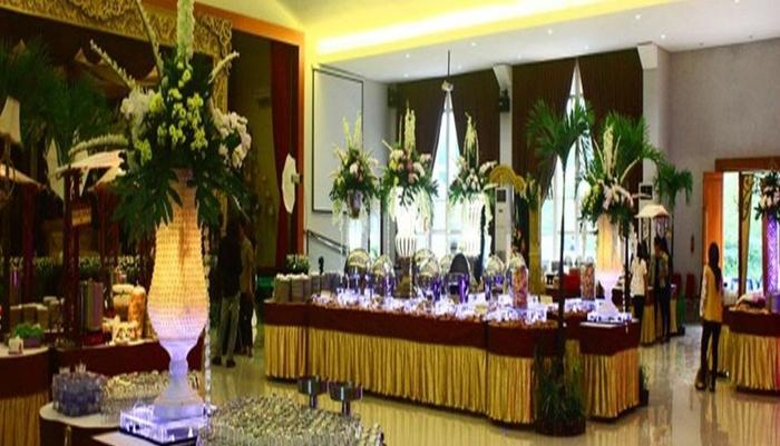 Prima SR Hotel & Convention  Yogyakarta - Ballroom
