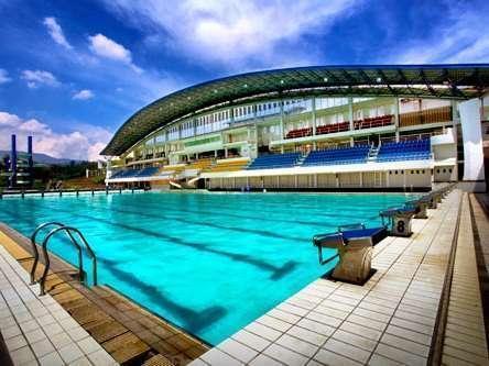Isola Resort Bandung - Kolam Renang