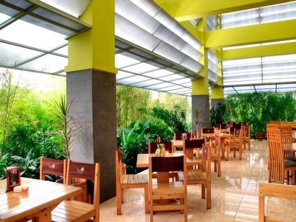 Isola Resort Bandung - Restoran