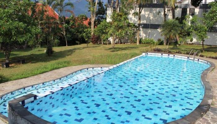 PP University Bogor - Kolam Renang