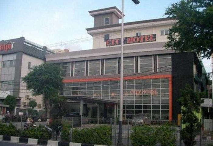 City Hotel Balikpapan - Tampilan Luar Hotel
