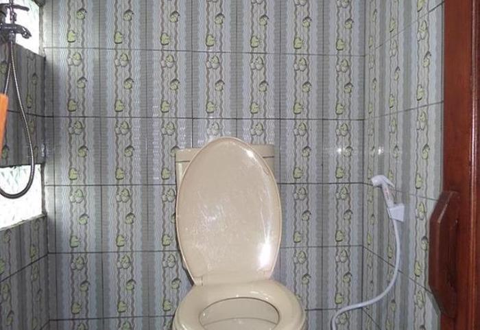 Losmen Adas Probolinggo - Kamar mandi