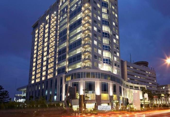 Grand Royal Panghegar Bandung - Hotel Building