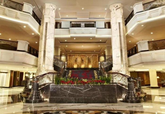 El Royale Hotel Bandung - Lobby