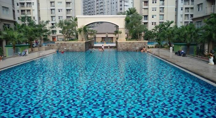 Apartement Mediterania 2 Tanjung Duren - Kolam Renang