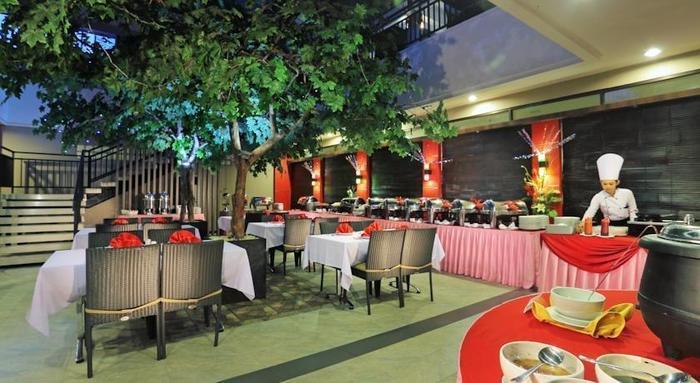 Transera Hotel Pontianak - Ruang makan