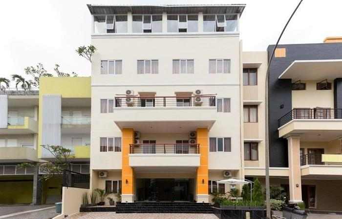 RedDoorz Plus @ Boulevard Residence BSD South Tangerang - Exterior