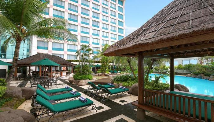 Hotel Ciputra Jakarta - Pool