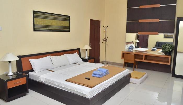 Fendi's Guest House Malang - Family Room