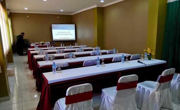 Hotel Limoes Mataram - Interior