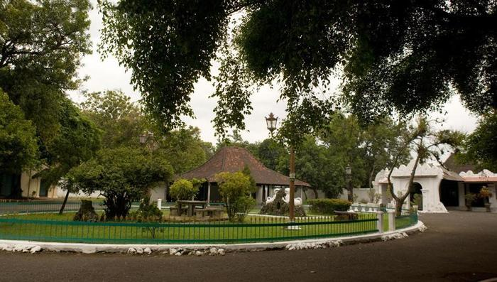 Hotel Santika Cirebon - Keraton Cirebon
