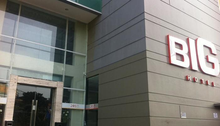 Big Hotel Jakarta - pintu masuk