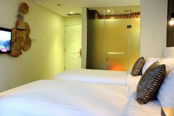 Couleur Hotel Cengkareng - Kamar Deluxe