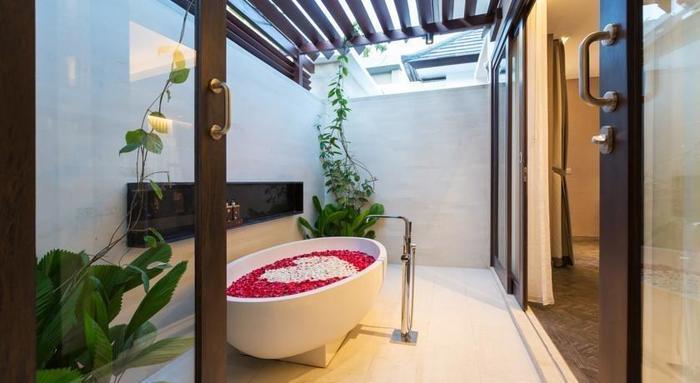 Prasana Villa Bali - Kamar mandi