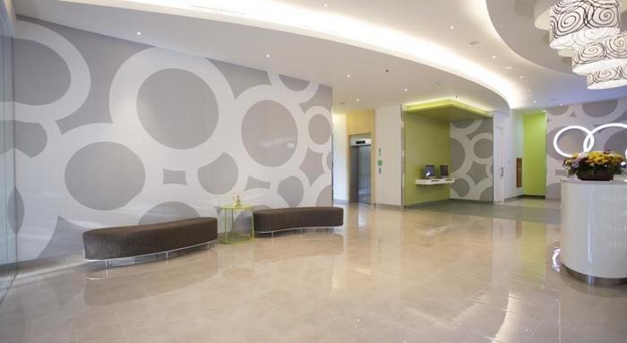 Zest Hotel Jemursari Surabaya - Lobi